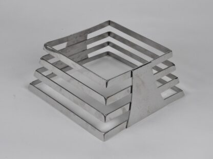 Подставка ребристая из метала (Пирамидальная) h 110 мм.