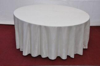 Скатерть для круглого стола белая 2013